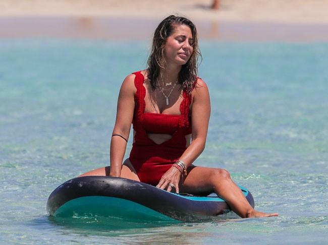 elena-tablada-y-elisabeth-reyes-vacaciones-en-ibiza