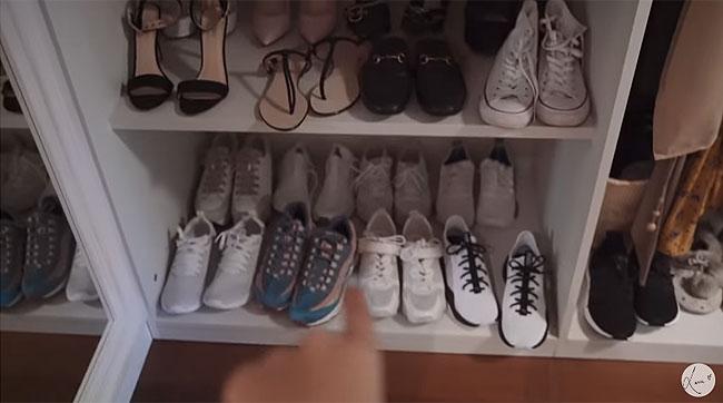 la-estanteria-de-sus-zapatos