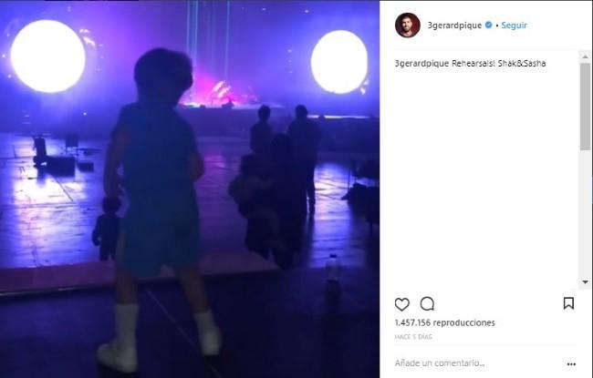 sasha-un-gran-bailarin-en-los-ensayos-de-su-mama