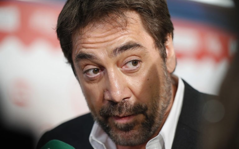 Javier Bardem se despacha a gusto con Rajoy tras la moción de censura