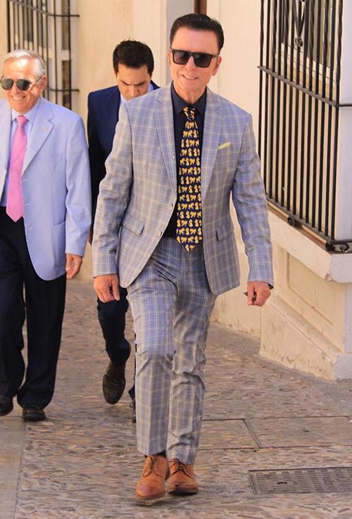 jose-ortega-cano-con-una-original-corbata