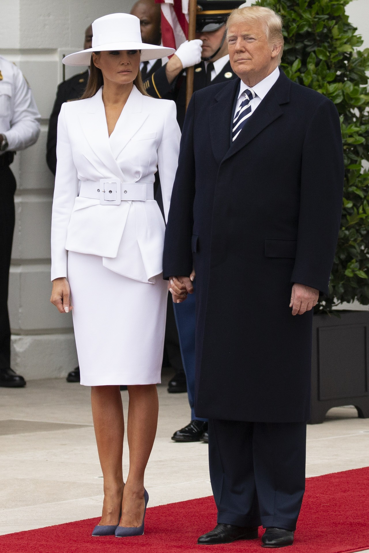 traje-chaqueta-blanco