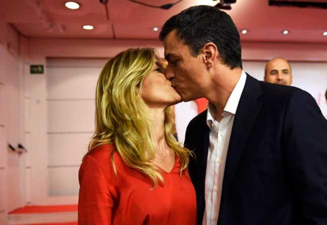 La horetera esposa de Sánchez bilaketarekin bat datozen irudiak