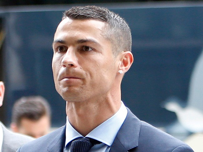 Cristiano Ronaldo acepta dos años de cárcel y una multa de 18,8 millones de euros