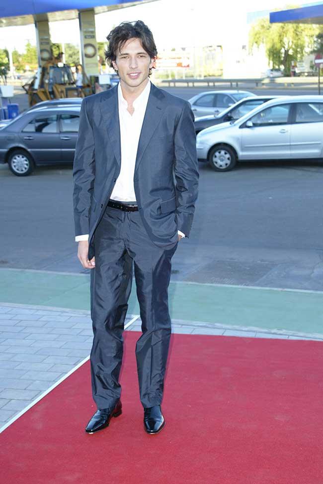 un-imberbe-velencoso-debuto-en-la-moda-alla-por-el-2004-y-con-los-pantalones-sin-planchar
