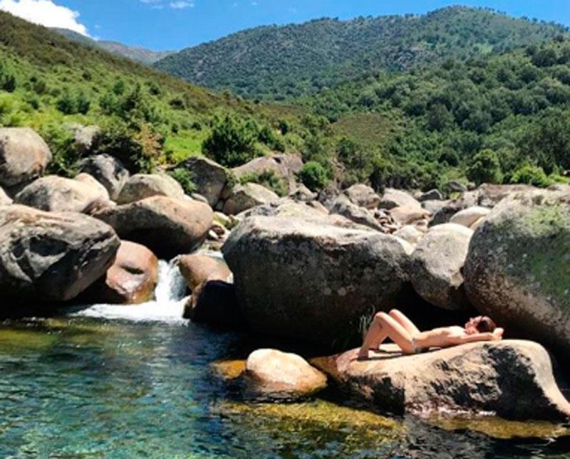 Cristina Castaño Se Desnuda Para Sus 750000 Seguidores De Instagram