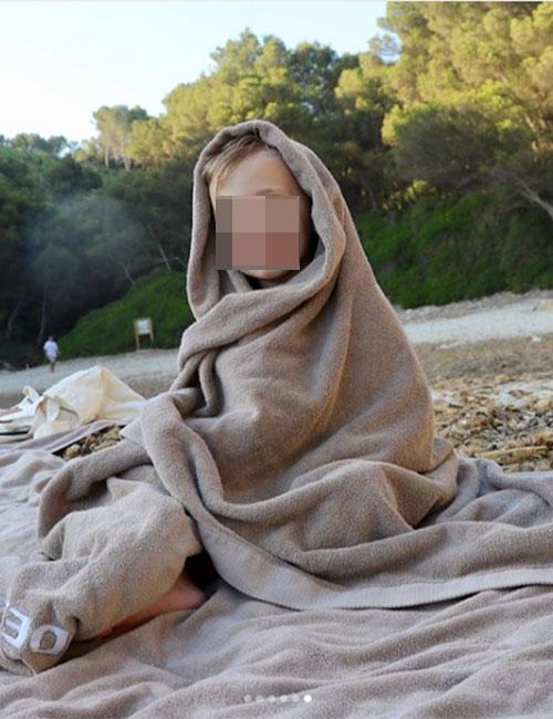 despues-de-un-chapuzon-en-el-mar-toca-secarse-al-sol-en-la-arena