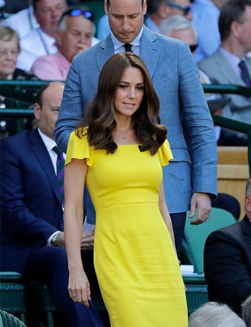 su-outfit-en-amarillo-recordaba-a-uno-que-lucio-meghan-markle-recientemente