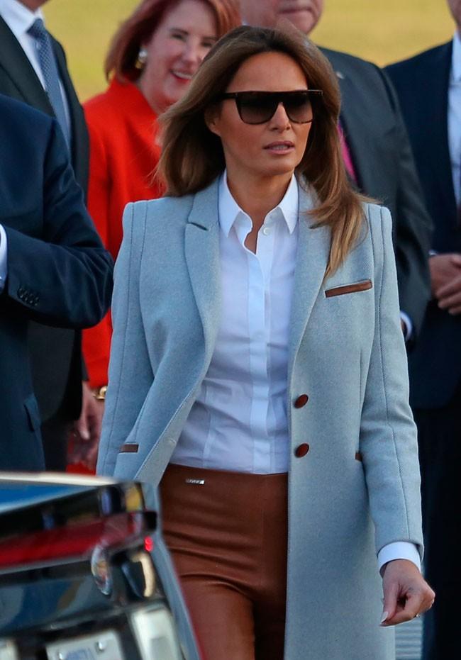 abrigo-gris-claro-de-lana-de-isoude-3-200-euros