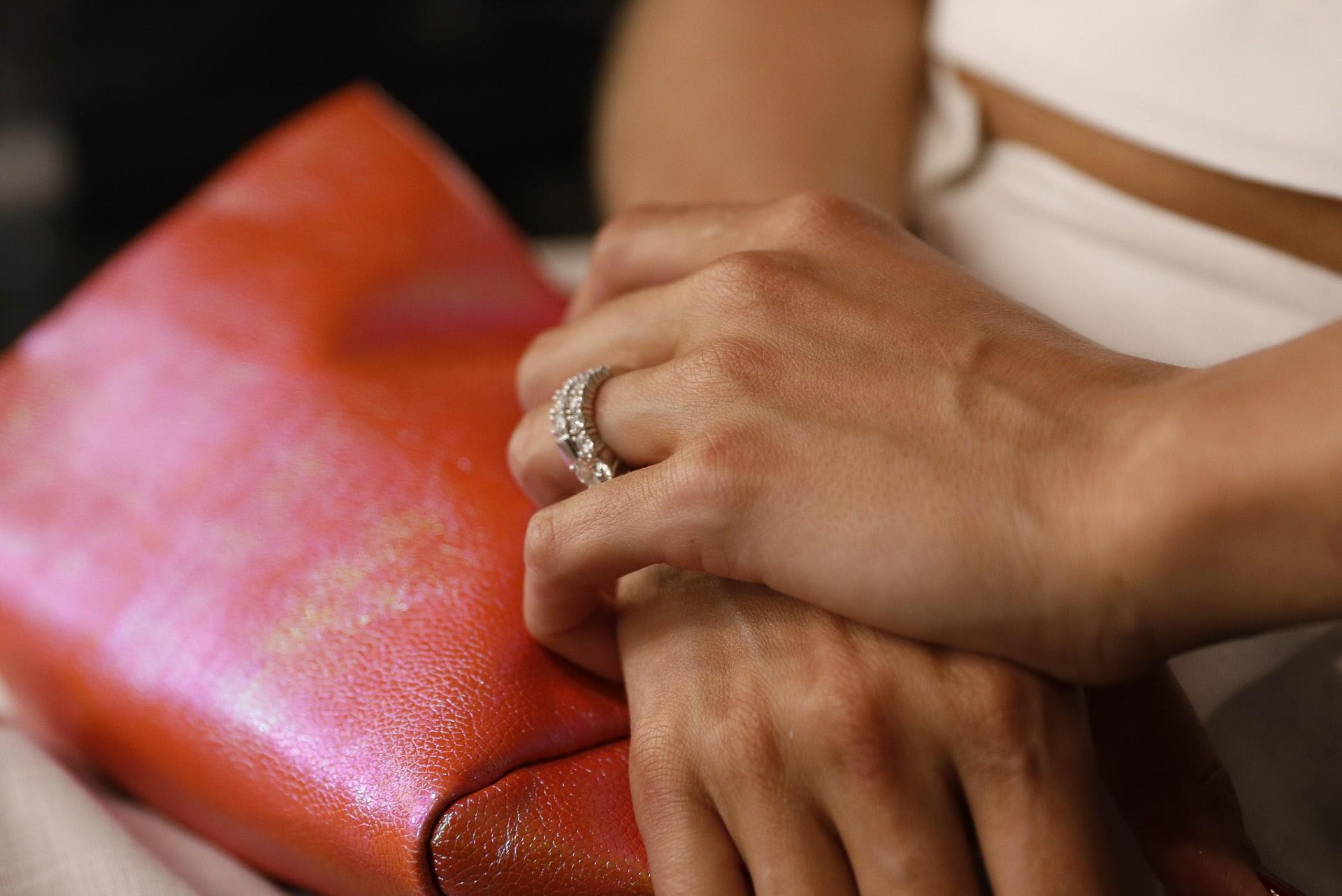 el-anillo-de-compromiso-de-rosanna