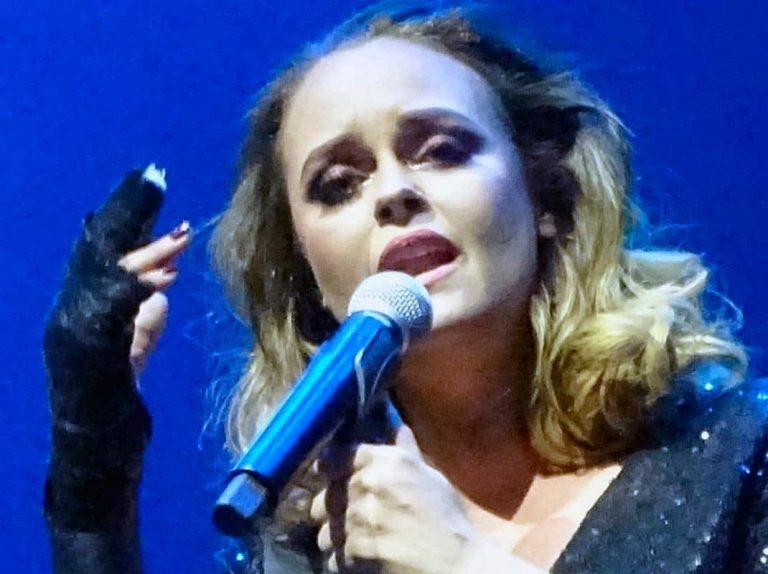 Shaila Dúrcal reaparece y da su primer concierto tras su accidente
