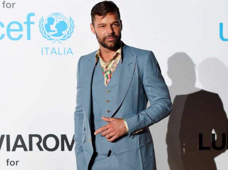 El look desaliñado de Ricky Martin que despierta las críticas