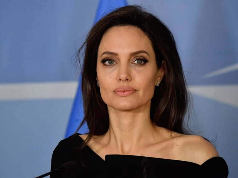 Angelina Jolie despide a su abogada, Laura Wasser