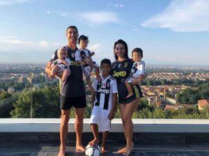 La foto de Cristiano Ronaldo y Georgina Rodríguez que arrasa en las redes
