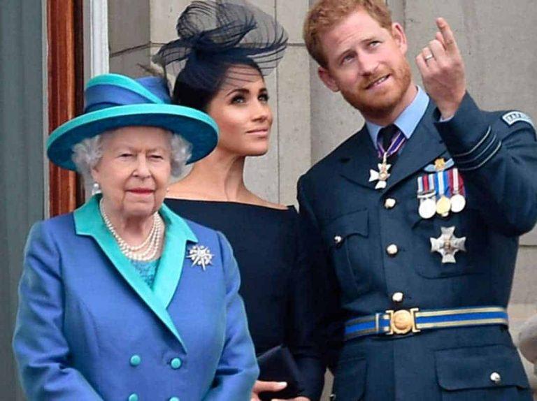 Harry y Meghan Markle pasarán sus vacaciones junto a la reina Isabel II