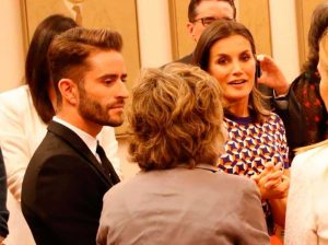 ¿Qué hace Pelayo Díaz compartiendo mesa con la Reina Letizia?