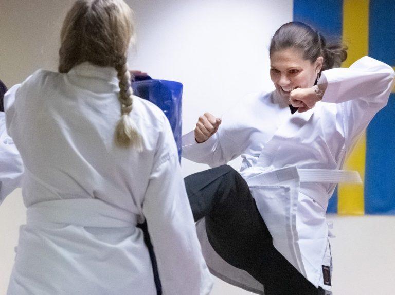 Las divertidas fotos de la princesa Victoria haciendo de karateka