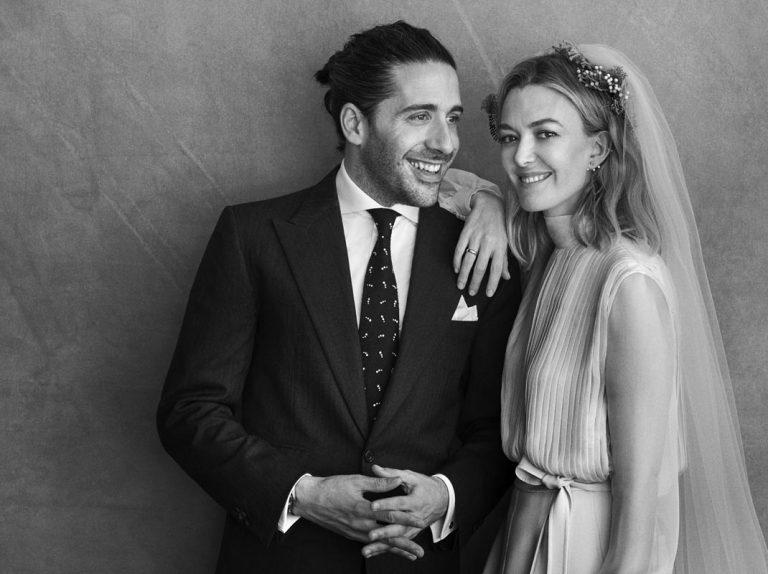 Primera foto oficial de Carlos Torretta y Marta Ortega como marido y mujer