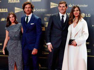 Feliciano López e Iker Casillas presumen de sus chicas en una fiesta deportiva