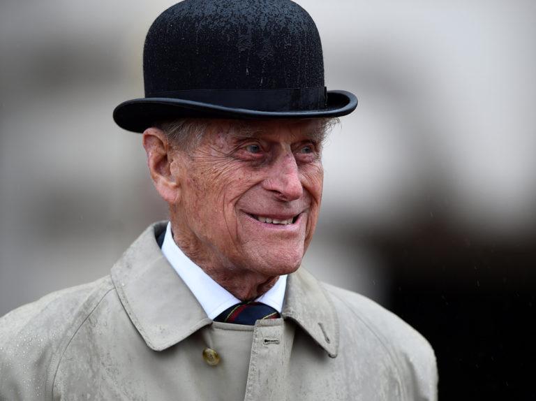 El duque de Edimburgo sufre un accidente de tráfico: se desconoce su estado real