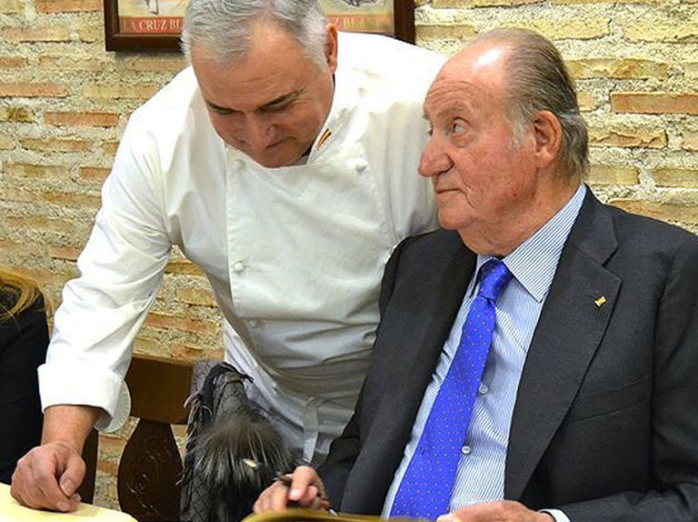Comer como un Rey: la buena mesa de don Juan Carlos en su 81 cumpleaños