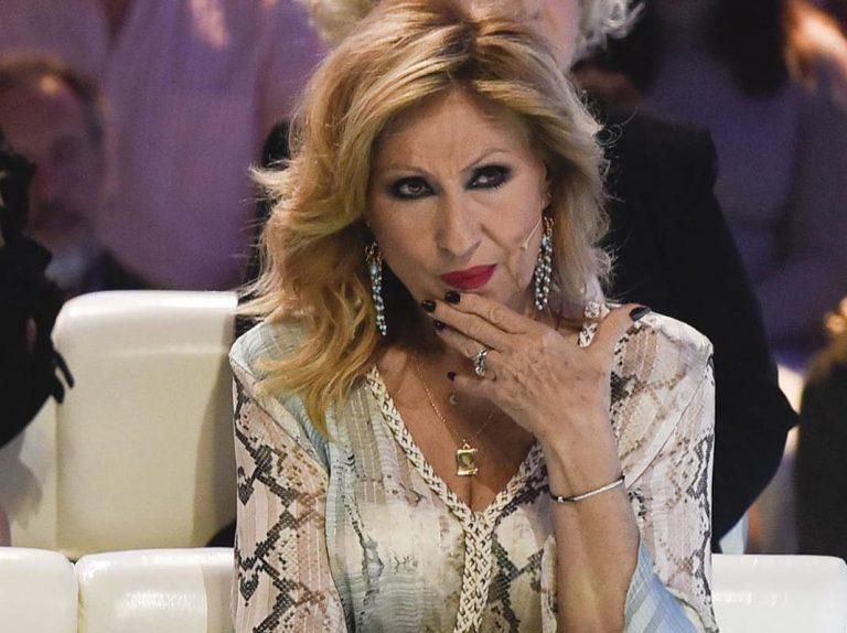 Rosa Benito lanza un dardo envenenado a Rocío Carrasco en su cuenta de Instagram