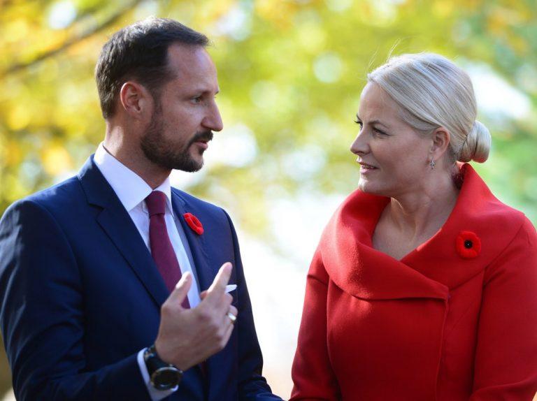 El príncipe Haakon de Noruega, obligado a ser operado de nuevo del oído