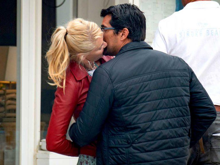 Belén Rueda desata su pasión con su novio, Francis Malfatto, en Marbella