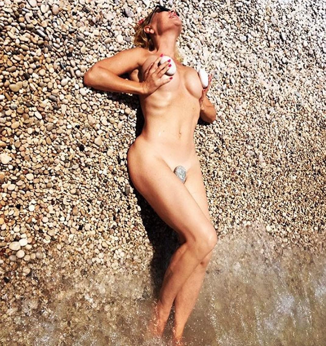 Marlène Mourreau La Lía Volviéndose A Desnudar En Instagram