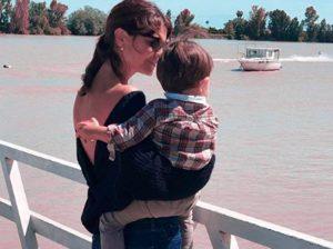 El mejor apoyo de María José Suárez tras la muerte de su padre
