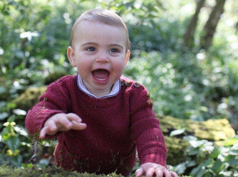 Las fotos más tiernas del príncipe Louis como protagonista por su primer cumpleaños