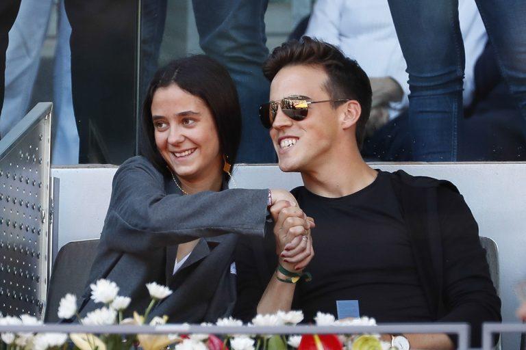 Victoria Federica y Gonzalo Caballero, tarde de miradas, risas y complicidad en el tenis
