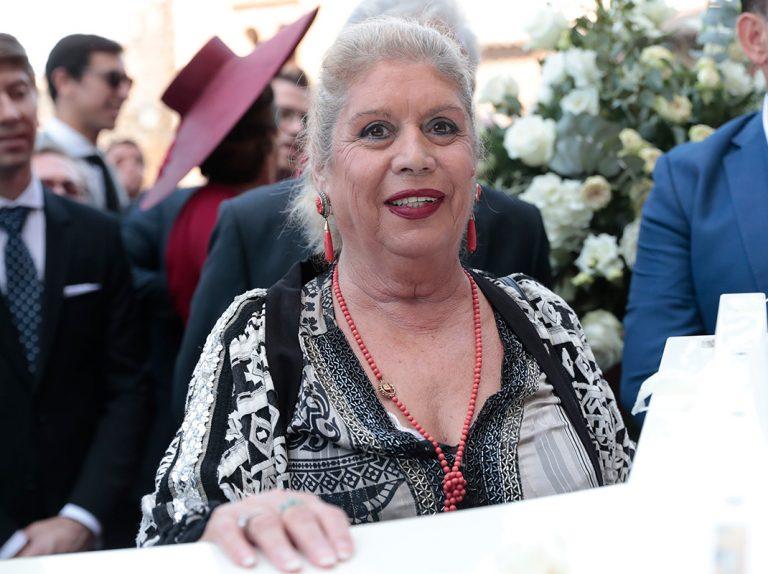 María Jiménez es trasladada a la UCI del Virgen del Rocío en Sevilla