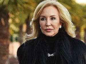 Carmen Lomana, estafada por 14.000 euros por un falso asistente de Susanna Griso