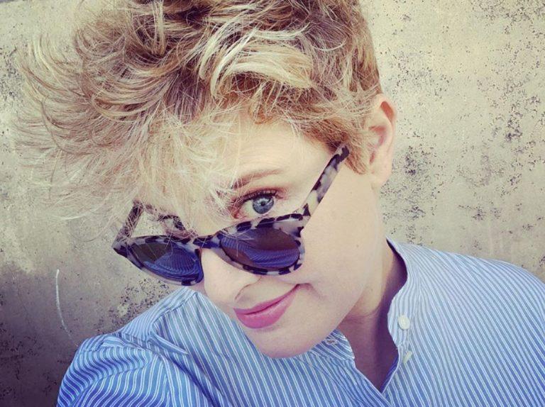 Tania Llasera toca fondo y preocupa a sus seguidores con su vulnerabilidad