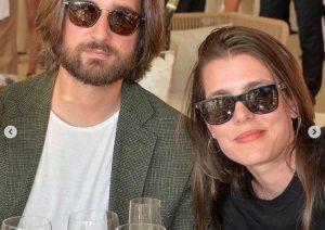 Carlota Casiraghi y Dimitri Rassam reaparecen en la hípica tras su boda religiosa