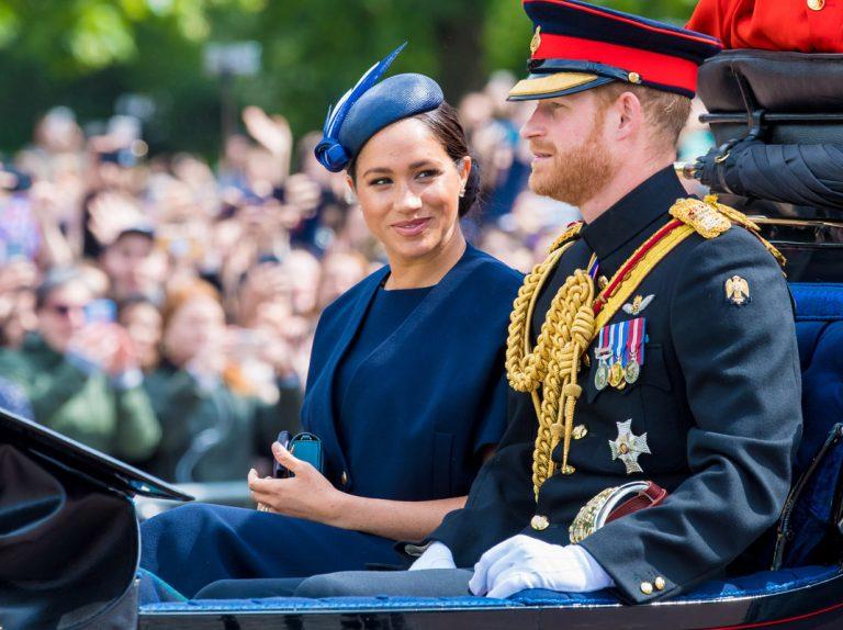 Tres niñeras en seis semanas: la pesadilla de cuidar al hijo de Meghan Markle y el príncipe Harry