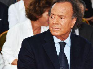 Julio Iglesias recurre la sentencia que le atribuye la paternidad de Javier Sánchez