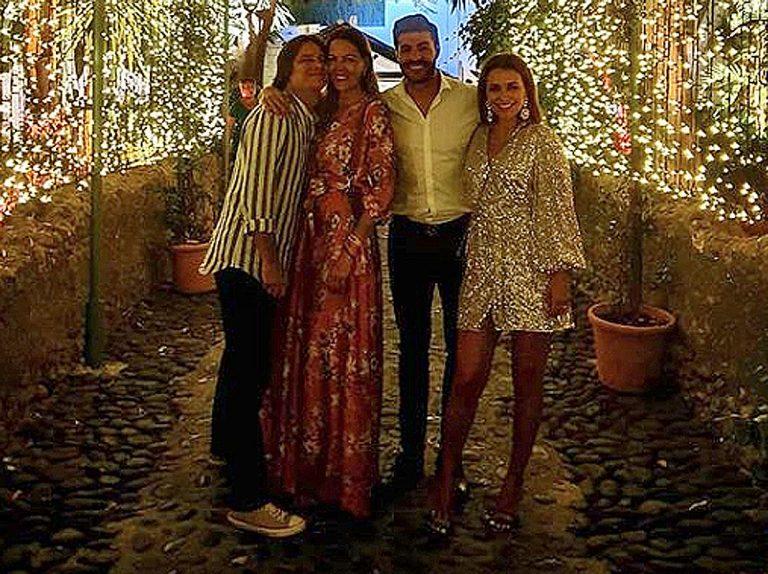Paula Echevarría continúa de vacaciones con Miguel Torres: de Asturias a Marbella