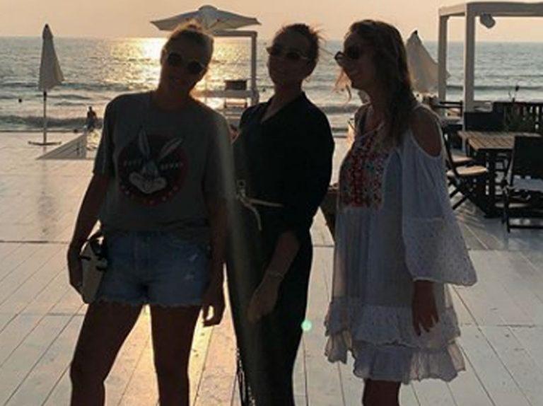 La divertida escapada exprés de Pauline Ducruet con sus amigos en el Líbano
