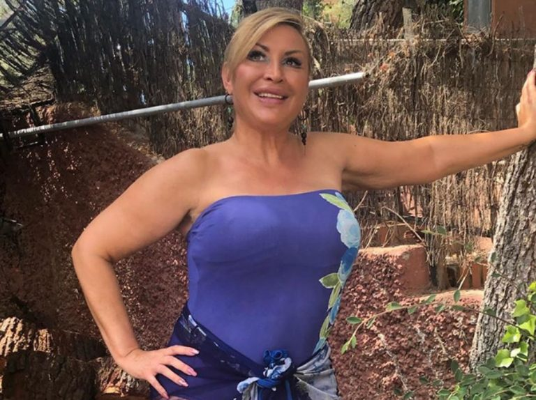 Raquel Mosquera muestra su cuerpo al natural y sin complejo alguno