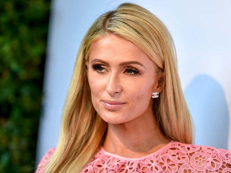 Duro mazazo para Paris Hilton, muere su millonario abuelo y solo deja para la familia un 3% de su herencia