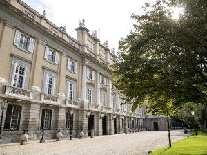 El Palacio de Liria cuelga el cartel de 'no hay entradas'