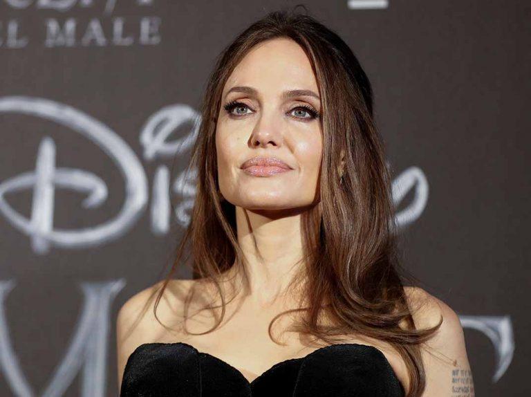 Angelina Jolie usa la promoción de 'Maléfica' en contra Brad Pitt