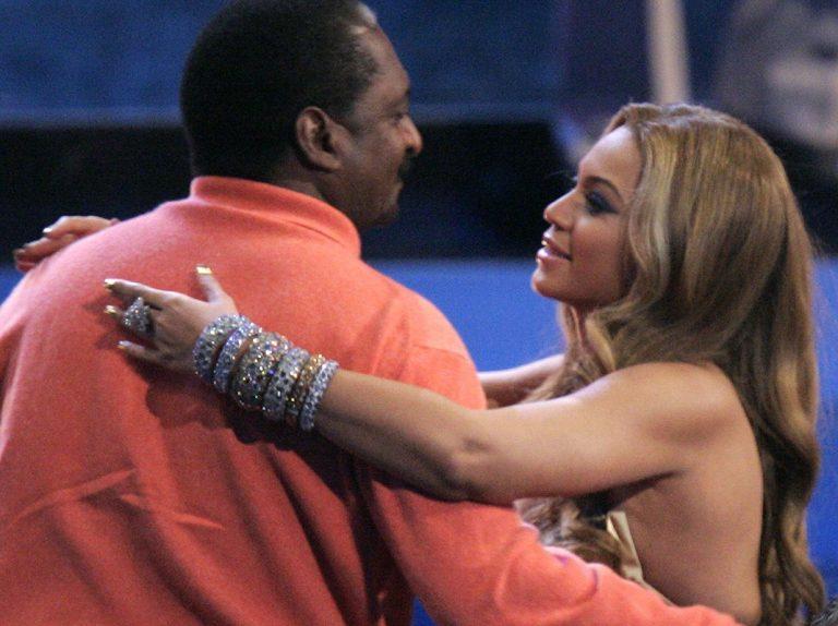 El padre de Beyoncé sufre cáncer de mama y lo cuenta todo en una entrevista