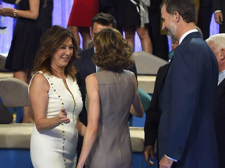 La divertida broma de Ana Rosa Quintana a los Reyes Felipe y Letizia