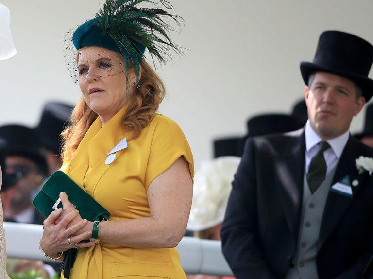 El renacer de Sarah Ferguson: casa a sus dos hijas y confiesa sus retoques y el drama de Lady Di