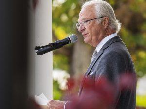 El Rey Carlos Gustavo de Suecia echa a algunos de sus nietos de la Casa Real