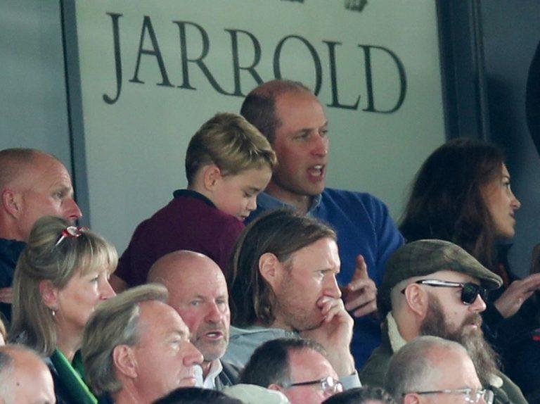 Fotos del día: El entusiasmo del príncipe George en el fútbol