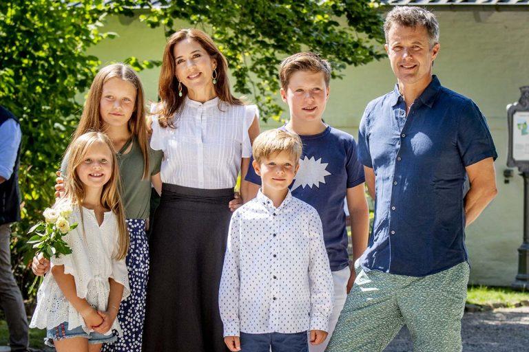 Mary de Dinamarca y su familia abandonan Suiza por el coronavirus